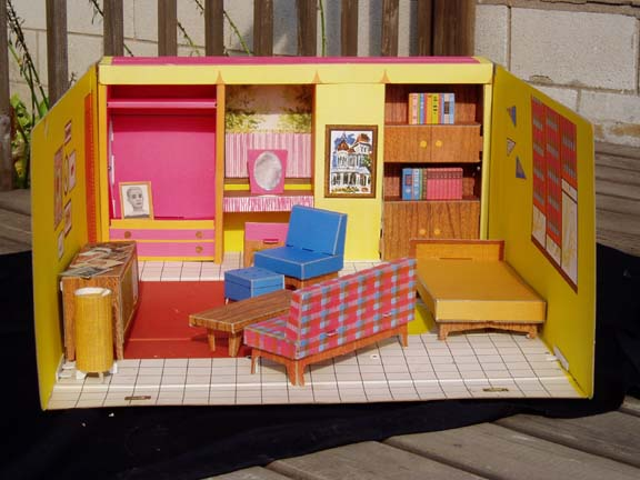 1962 Barbie Dream House Vintage Cardboard Dollhouse W: STRUCTURES